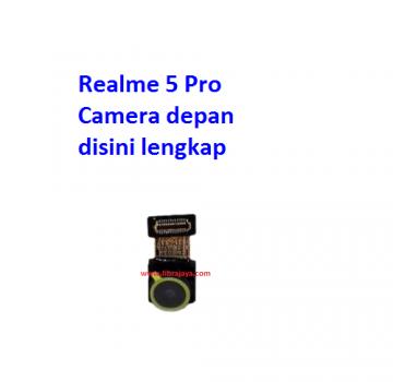 camera-depan-realme-5-pro